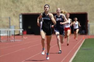 Girl 1600m Finish